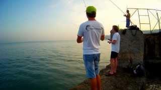 Джиг на море с ультралайтом или рокфишинг на Черном море (Rockfishing in Black sea)(Рокфишинг на ультралайт. Ялта. Черное море - вода +26. После дождя - вода мутноватая. Груза 2-5 грамм JOIN VSP GROUP..., 2013-08-21T17:58:02.000Z)