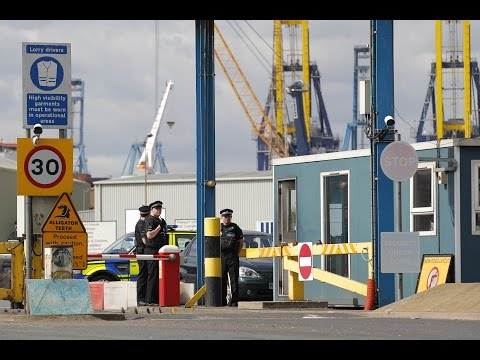 London Dockworkers Find 35 Stowaways in Shipping Container