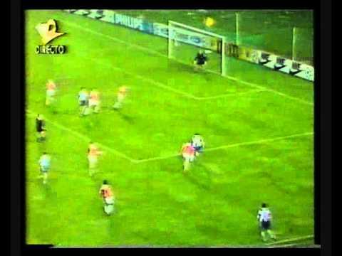 92-93 - Liga dos Campeões - grupo - 1ªJ Porto - PSV 2-2.wmv