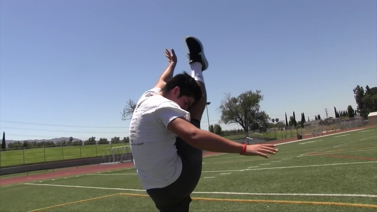 Aaron Rodriguez of Hart knows punting