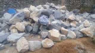 Prirodni kamen za zidanje.Vise vrsta i boja.BEOGRAD 064/9222228 i 062/797-191(, 2015-05-19T18:39:51.000Z)
