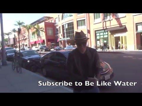 Canadian singer, Michael Bublé pulls a prank on a Paparazzi