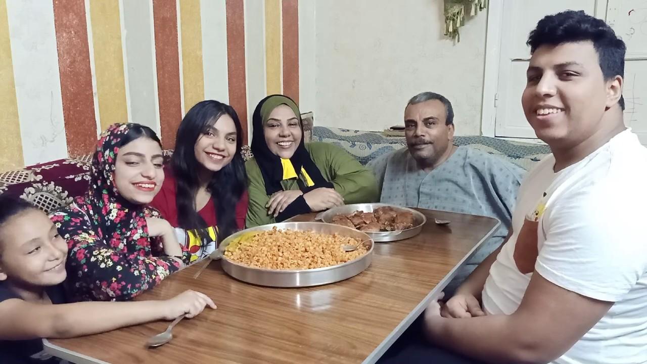 أحلي عشاء مع الزعيم وتعالوا شوفوا اللي حصل 😱😳
