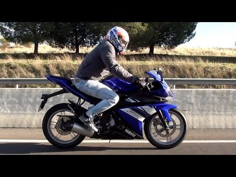 yamaha yzf r125 prueba youtube. Black Bedroom Furniture Sets. Home Design Ideas