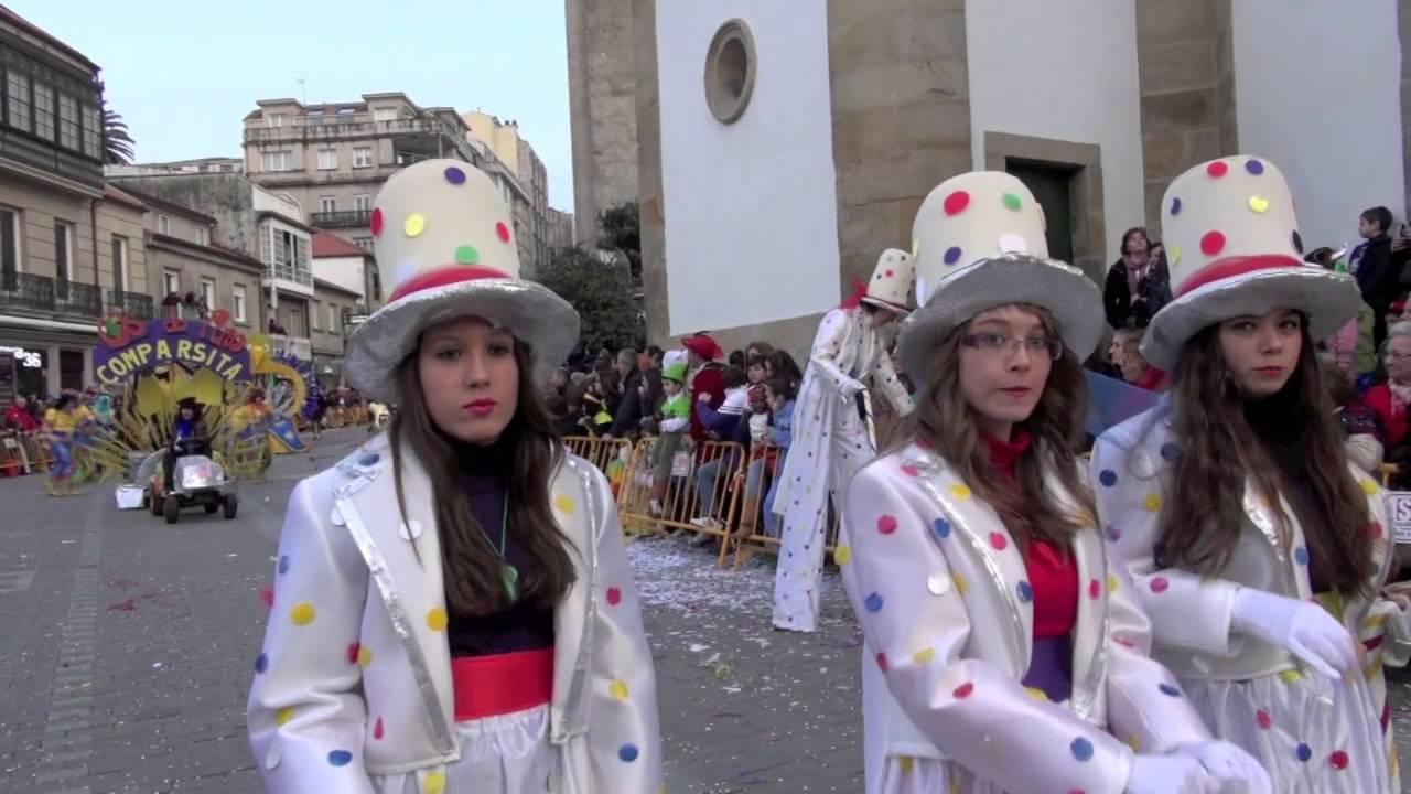 Desfile de carnaval pontevedra 2013 grupos de disfraces youtube - Disfrazes para carnaval ...