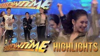 Video It's Showtime: Sarah Geronimo effortlessly does the Moy-A Dance Challenge download MP3, 3GP, MP4, WEBM, AVI, FLV Agustus 2018