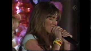 RBD-Mia canta Salvame y piensa en Miguel