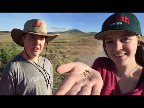 Kids find GOLD in the Nevada Desert!