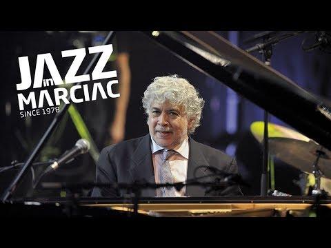"""Monty Alexander """"Isn't She Lovely"""" @Jazz_in_Marciac 2011"""