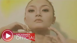 Gambar cover Siti Badriah - Brondong Tua (Official Music Video NAGASWARA) #music