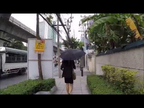WALKING IN BANGKOK - SILOM TO SURASAK BTS