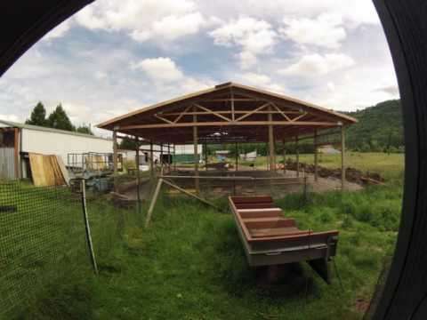 60x40 pole barn timelapse