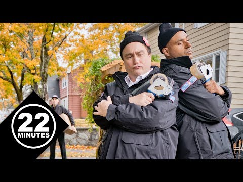 Canada Post has to defend their turf | 22 Minutes