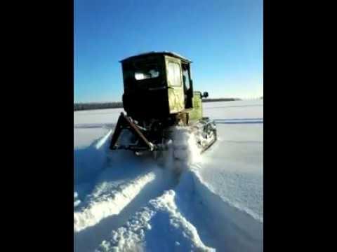 Трактор Т-38М 1969 г .Выпуска, по снегу.