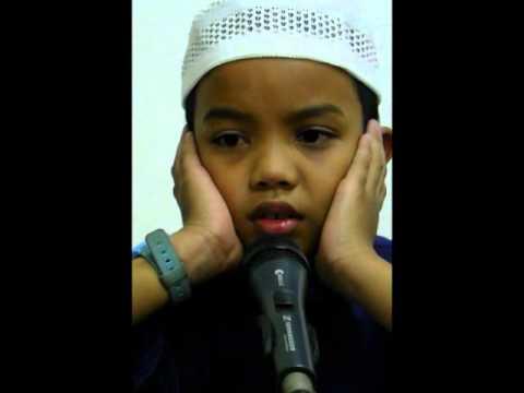 Amnan Azan di Masjid Selat