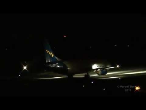 Boeing 737, Boeing 757, Boeing 767 night taxi & takeoff HA FAU, N920FD, N309UP