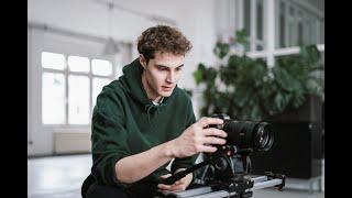 Frederic Eiden videoportrait by Silver Nebula for Fiverr