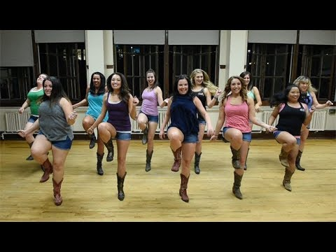 Luke Combs -Honky Tonk Highway Line Dance  (Featuring Boot Boogie Babes)