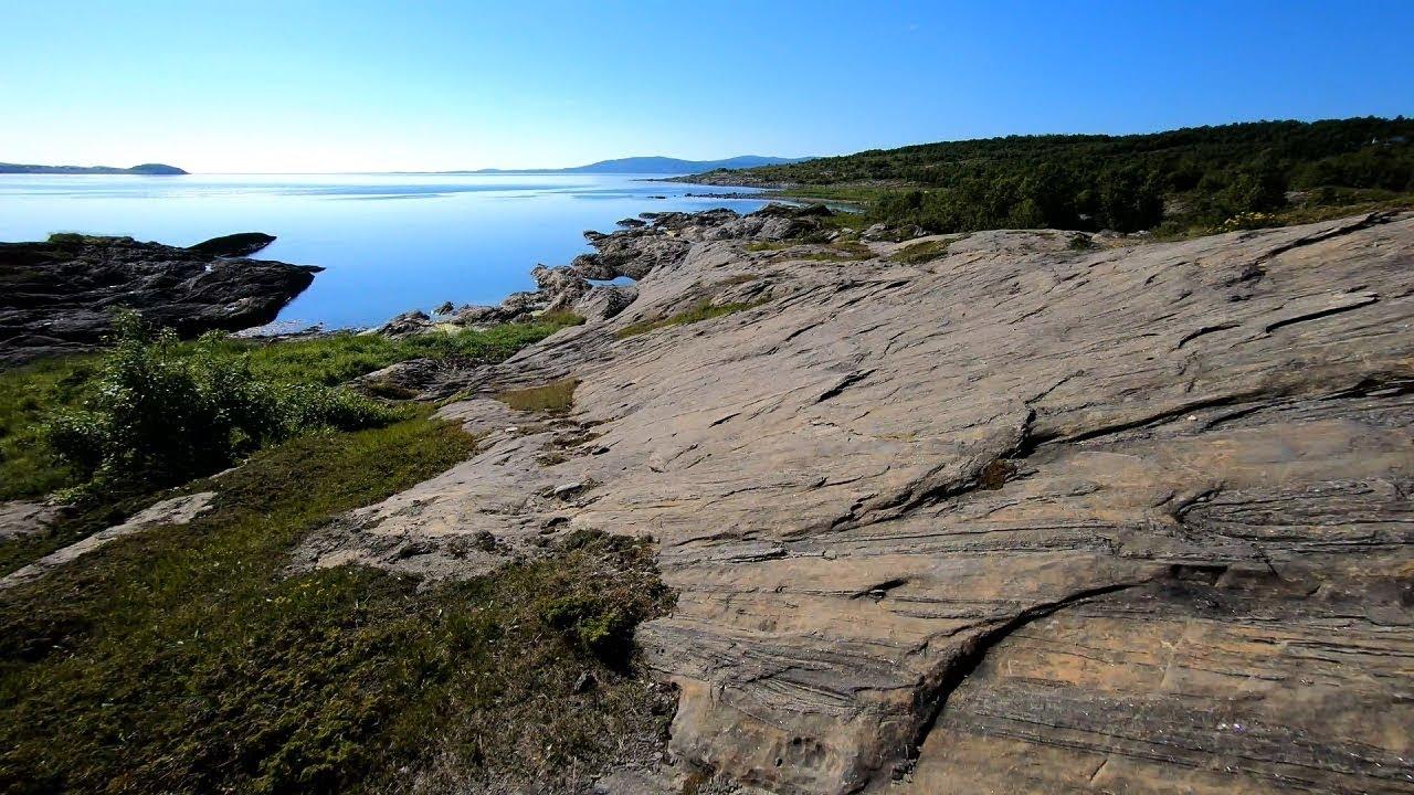 Seashore hiking to Store Sandvika