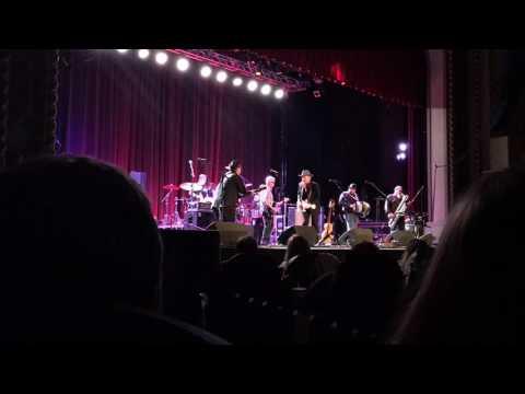 Ashgrove - Los Lobos with Dave Alvin Live