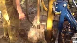 бурение скважин на воду малогабаритной установкой видео(Буровые установки:http://drilling.b2b-union.ru/?ident=3312 Мы производим буровые установки любой сложности по индивидуально..., 2015-08-12T18:18:36.000Z)