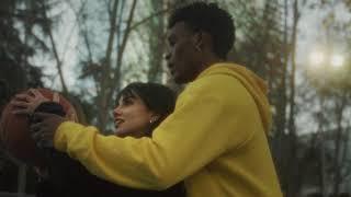 MAKA feat. JUANCHO MARQUÉS - Algo mejor (Video Oficial)
