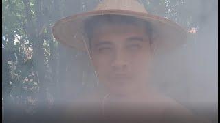 Trong làn khói trắng, xuất hiện giọng ải giọng ai: Tại sao con KHÓC ...