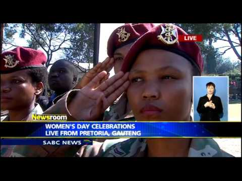 Pres. Zuma inspects guard of honor at Women's Day Celebrations