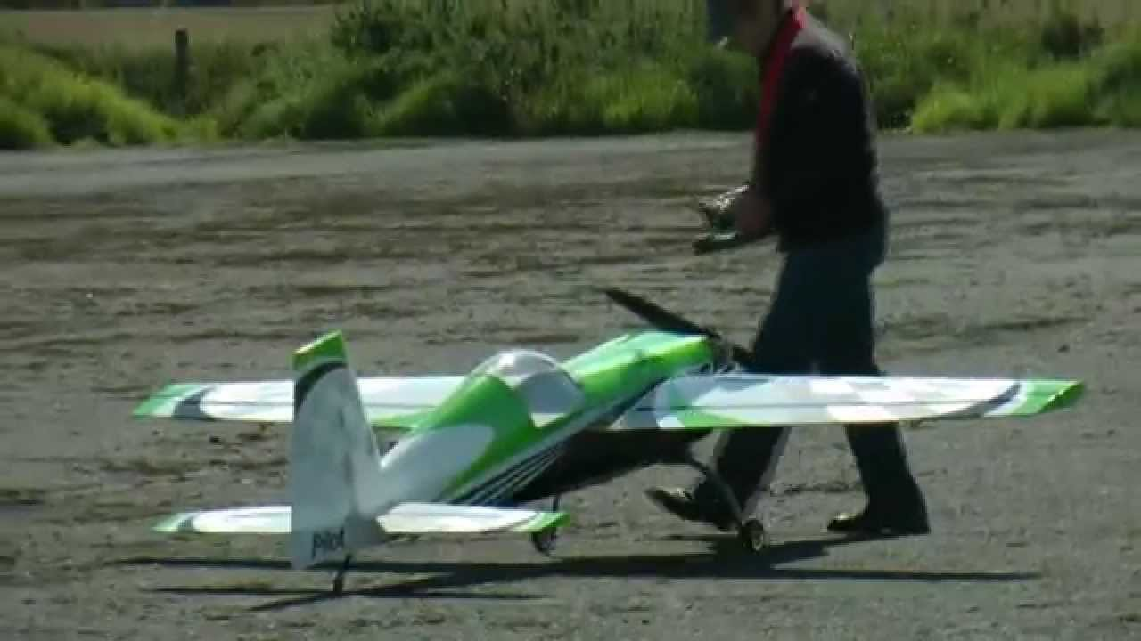 Pilot RC Extra 330SC 35% Maiden flight