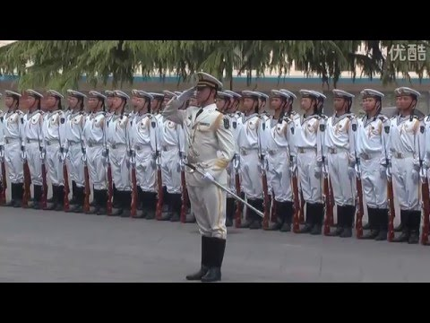 Daily training Chinese naval honor guard 1(仪仗队的日常)