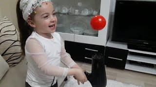 Duru Elektrikli Süpürgeden Çok Korkuyor | Eğlenceli Çocuk Videoları