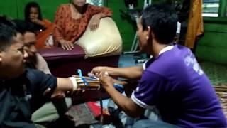 Pengobatan patah tulang tradsional Aa cimande..