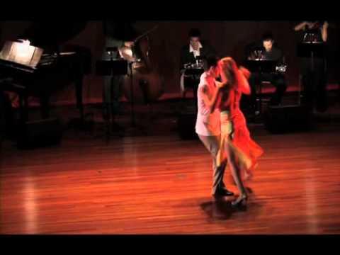 Tango - Daniel Raphael