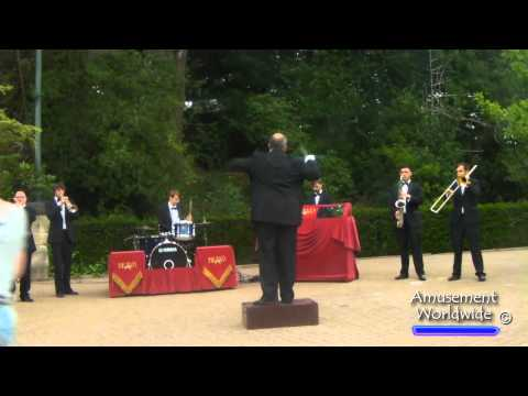 Alton Towers Bravo Band Show (FULL)