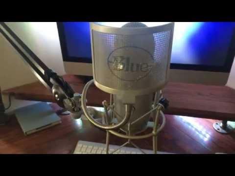 Blue Yeti mic w/ Shock Mount and Boom Setup. 1080P