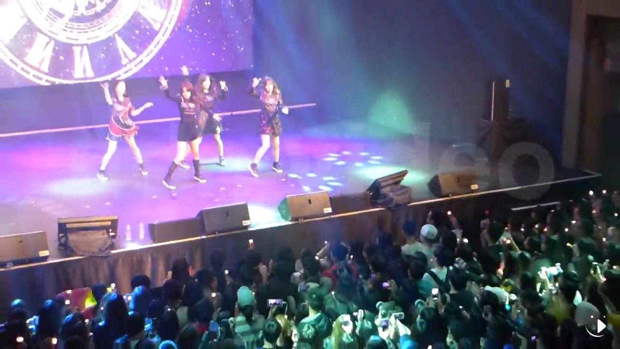 【2017.04.16】韓國大勢女團Red Velvet粉絲見面會 - YouTube