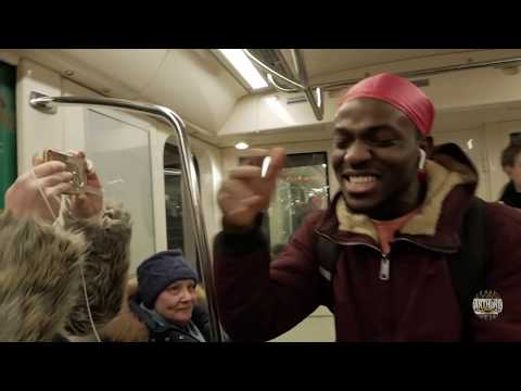 Дай денег на Iphone пранк / Попрошайка из в метро / Энтони Шоу