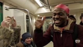 Даи денег на Iphone пранк Попрошаи ка из в метро Энтони Шоу