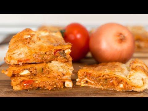 Empanada de Hojaldre con Pisto y Atún | Receta Fácil y muy Rápida