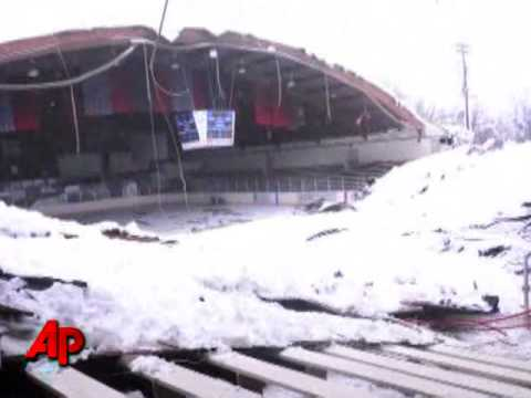 Pa Ice Rink Roof Collapses But No One Injured Youtube