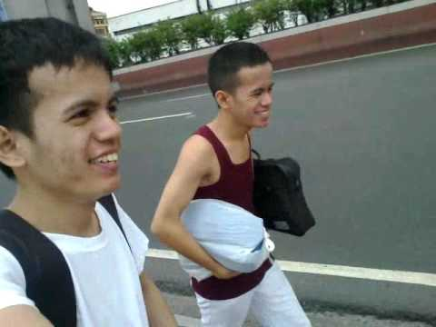 DJD , walk from Sta.Mesa to Recto ( 1Hr )