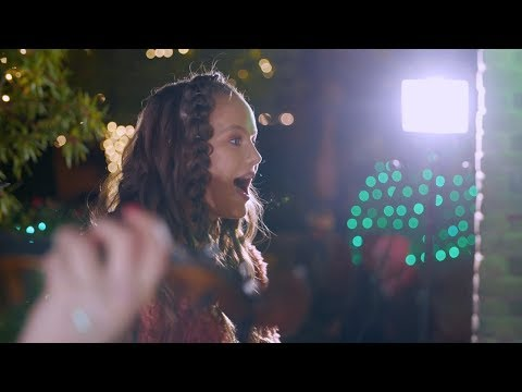Christmas Caroling Flash Mob The First Noel #LIGHTtheWORLD | The Five Strings