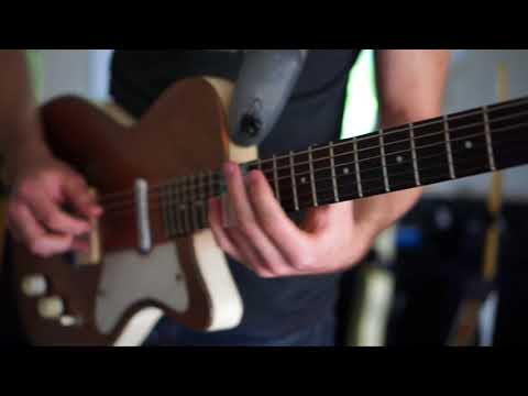 Gideon Boley Plays Slide Guitar