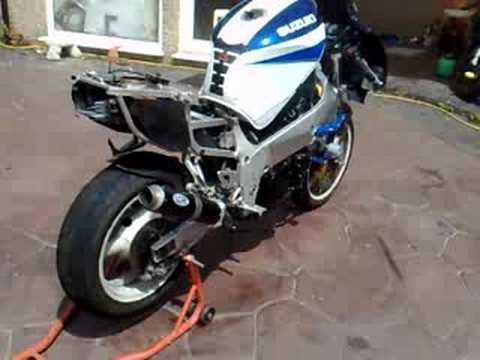 gsxr 600 1000 srad with k1 1000 engin youtube. Black Bedroom Furniture Sets. Home Design Ideas