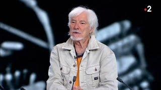 Hugues Aufray presque 90 ans et en pleine forme