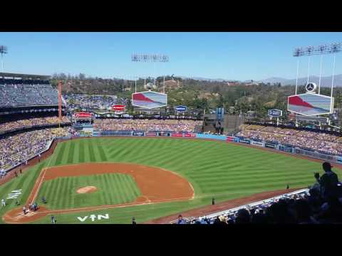 Dodgers starting lineup 9/25/16 Vin Scully last time announcing and at Dodger stadium
