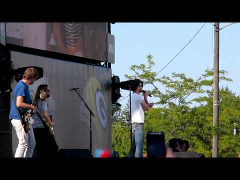 Maroon 5 NFL KICKOFF CONCERT 2011 Lambeau Field Green Bay WI