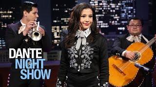 Al estilo mexicano Lety López canta