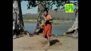 Irukkum Idatthai Vittu Song   Thiruvarutchelvar