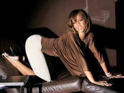 Rihanna talks penis size - www.730.no